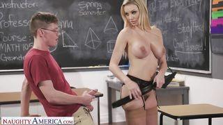Tanárnő pornó